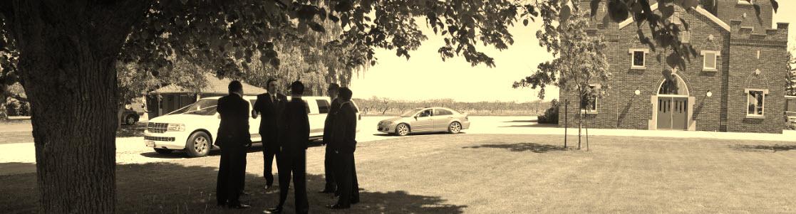 Niagara on the lake wedding limo